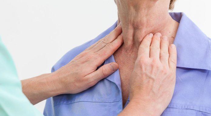 थायराइड रोग के लक्षण और घरेलू उपचार