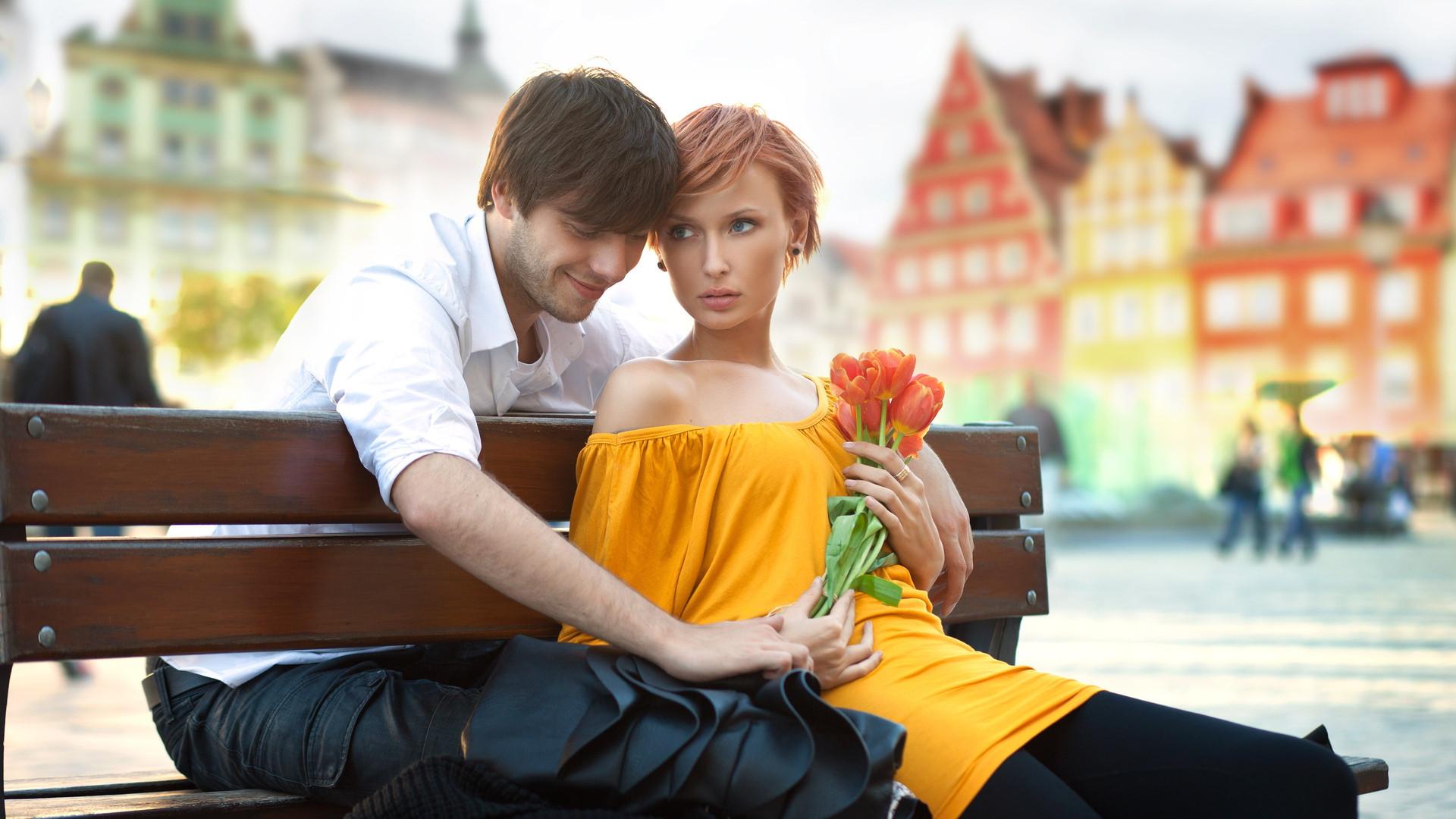 नई गर्लफ़्रेंड को प्यार का यक़ीन दिलाना