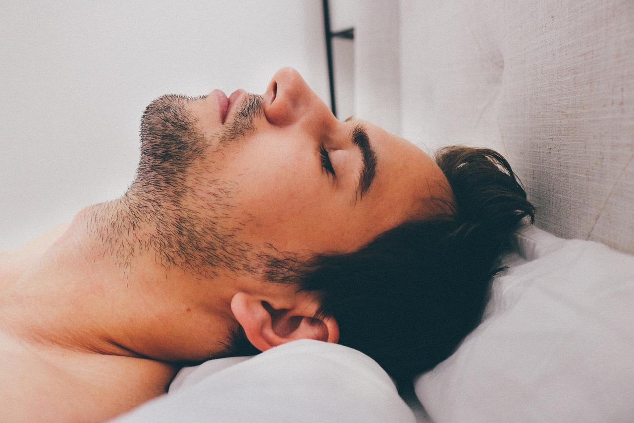 8 घंटे की नींद - Eight hours sleep