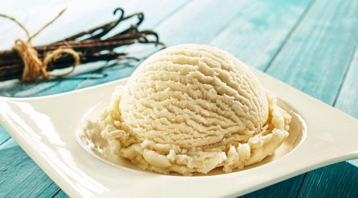 वनिला आइसक्रीम