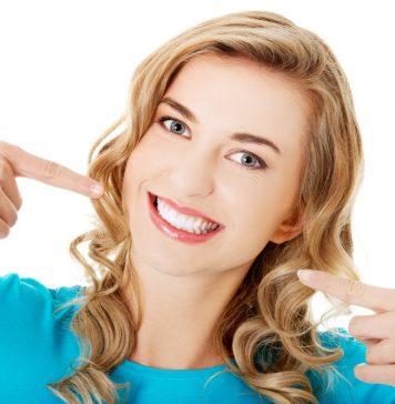 दांतों को चमकाने के टिप्स