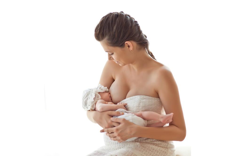 शिशु को स्तनपान कराने के टिप्स