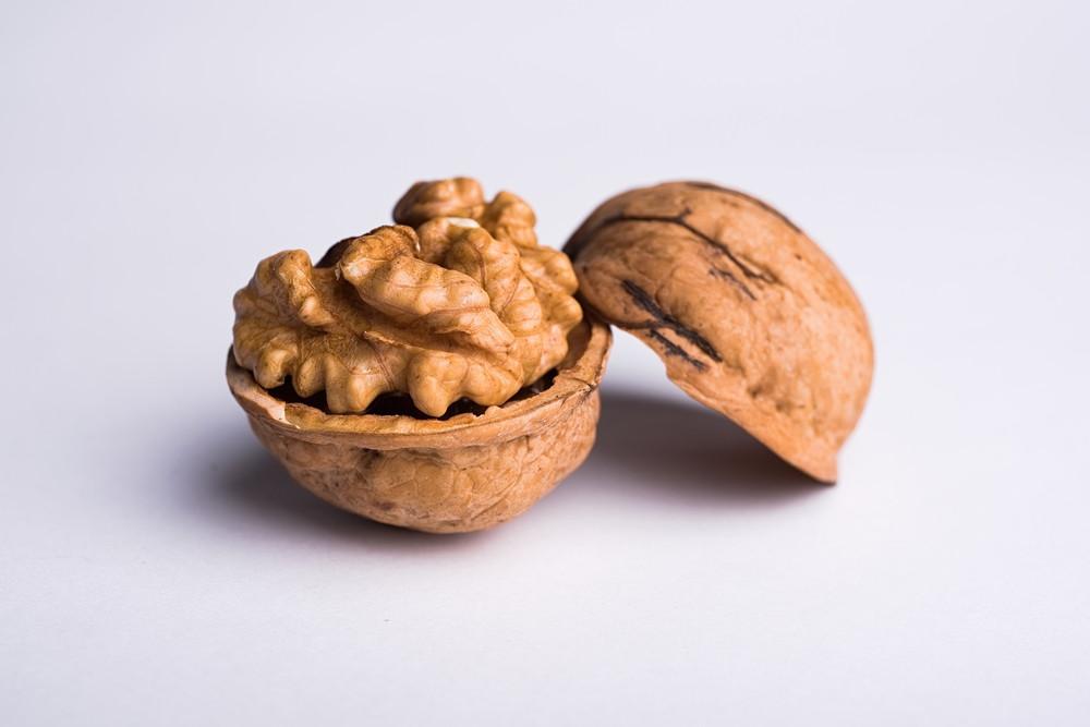 Akhrot Wallnut अखरोट