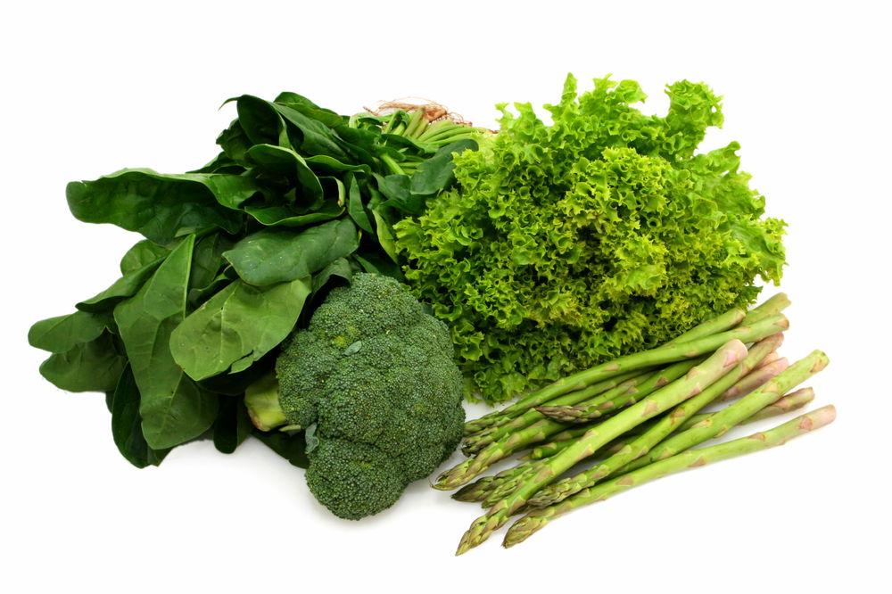 हरी सब्ज़ियों के पत्ते खाकर स्वस्थ रहें