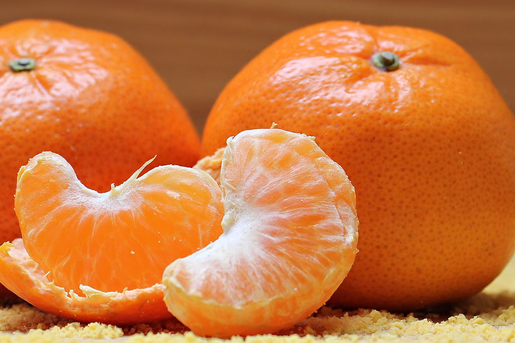 Sweet ripe oranges